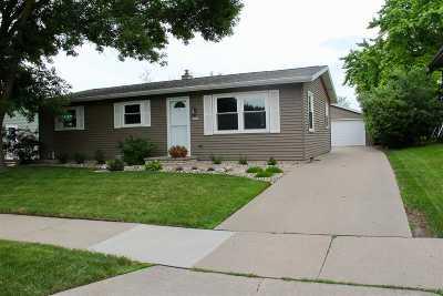 Oshkosh Single Family Home Active-Offer No Bump: 1630 Covington