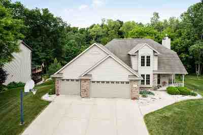 Green Bay Single Family Home Active-No Offer: 2853 Baylite