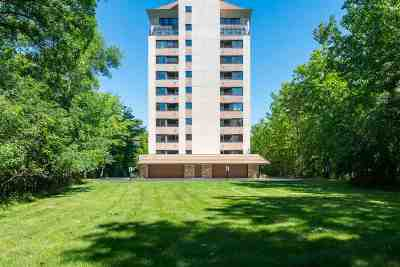 Appleton Condo/Townhouse Active-No Offer: 2631 Northern #230