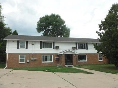 Little Chute Multi Family Home Active-No Offer: 1611 Freedom
