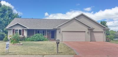 Pulaski WI Single Family Home Active-Offer W/Bump-Show: $268,500