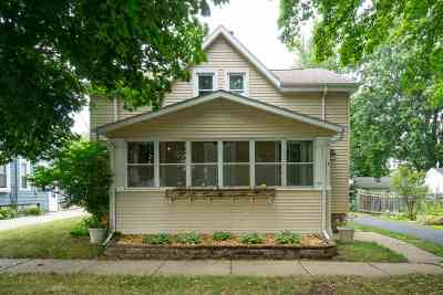 Appleton Single Family Home Active-No Offer: 714 W Oklahoma