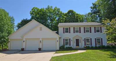 Green Bay Single Family Home Active-No Offer: 2505 Wildwood
