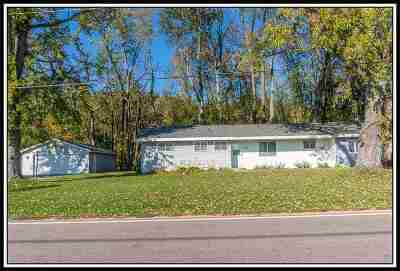 Shiocton Single Family Home Active-No Offer: N6063 Hwy 187