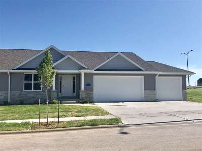 Green Bay Condo/Townhouse Active-No Offer: 3506 Watercrest