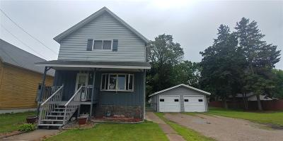 Marinette Single Family Home Active-Offer No Bump: 813 Cleveland