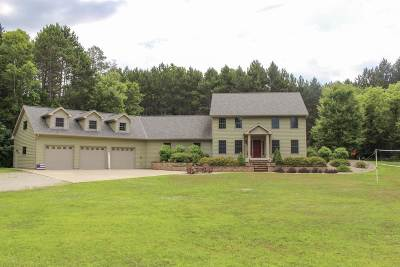Howard, Suamico Single Family Home Active-No Offer: 4042 Pine