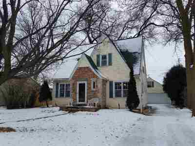 Neenah Single Family Home Active-No Offer: 112 Law