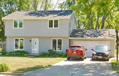 Green Bay Single Family Home Active-Offer No Bump: 720 Green Valley