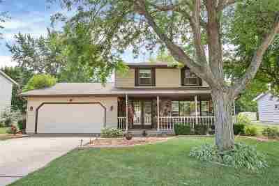 Green Bay Single Family Home Active-No Offer: 700 E Dauphin