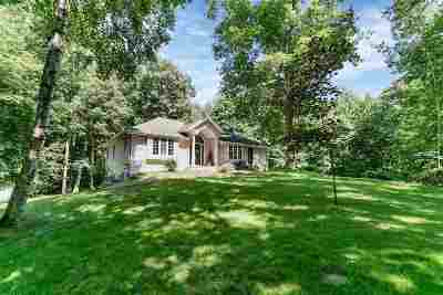 Oconto Falls Single Family Home Active-No Offer: 7968 Oak Ridge
