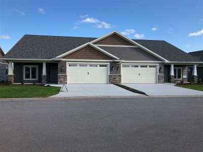 Neenah Condo/Townhouse Active-No Offer: 1321 Prairie Lake