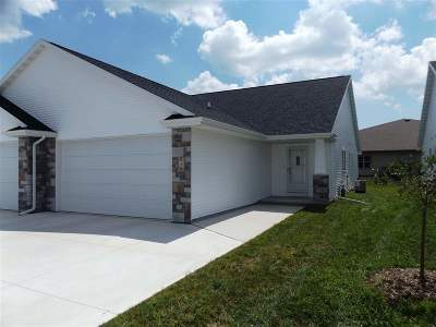 Kimberly Condo/Townhouse Active-Offer W/Bump-Show: 810 Schelfhout