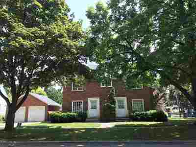 Green Bay Multi Family Home Active-No Offer: 1227 S Roosevelt