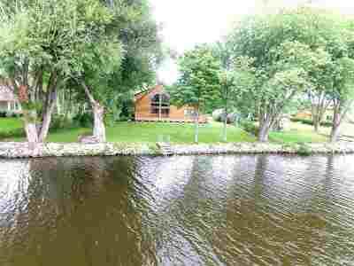 Oconto Single Family Home Active-Offer No Bump: 1371 Harbor