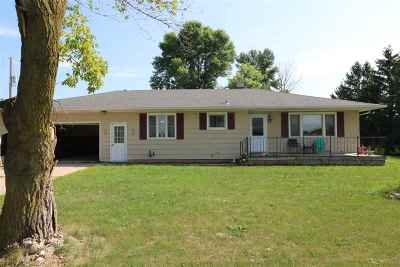 Kaukauna Single Family Home Active-No Offer: N1838 Hwy Cc