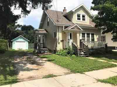 Neenah Single Family Home Active-Offer No Bump: 514 Washington