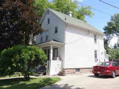 Neenah Single Family Home Active-Offer No Bump: 526 Maple