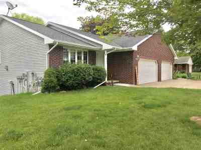 Brown County Multi Family Home Active-Offer No Bump: 2321 Manitowoc
