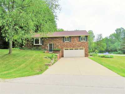 Howard, Suamico Single Family Home Active-Offer No Bump: 2241 Wildwood