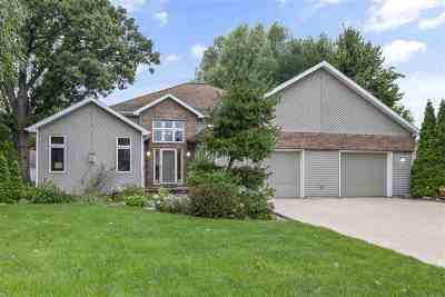 Wrightstown Single Family Home Active-No Offer: 218 Burning Tree