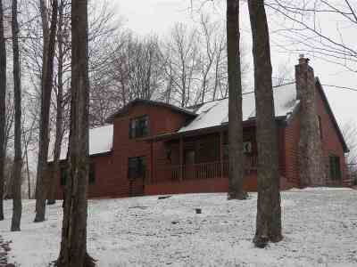 Single Family Home Active-No Offer: 5736 Forest Lake