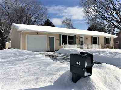 Oconto Falls Single Family Home Active-No Offer: 206 S Milwaukee