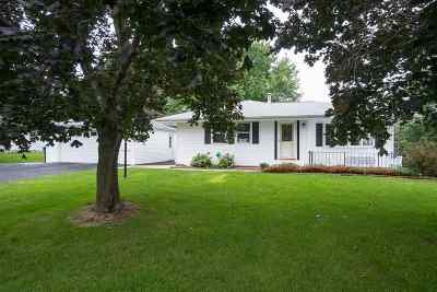 Winneconne Single Family Home Active-No Offer: 6587 Spruce