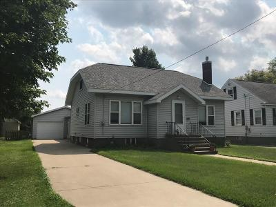 Menominee Single Family Home Active-Offer No Bump: 2421 10th