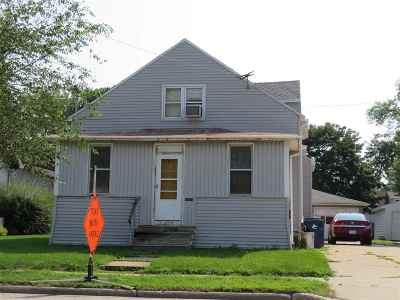 Menasha Multi Family Home Active-No Offer: 617 Racine