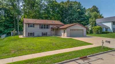 Kaukauna Single Family Home Active-No Offer: 247 Morningside