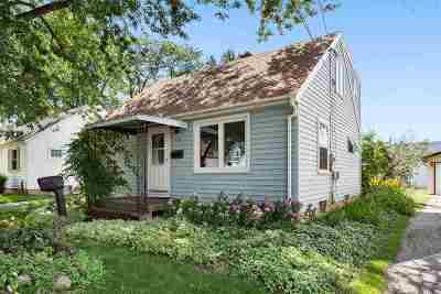 Neenah Single Family Home Active-No Offer: 152 Denhardt