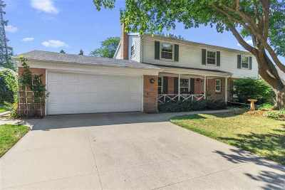 Appleton Single Family Home Active-Offer No Bump: 1919 N Outagamie