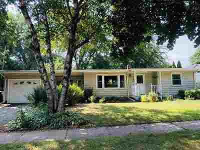 Appleton Single Family Home Active-No Offer: 115 E Capitol