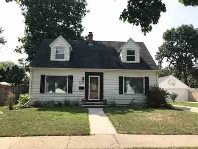 Appleton Single Family Home Active-Offer No Bump: 325 E Frances