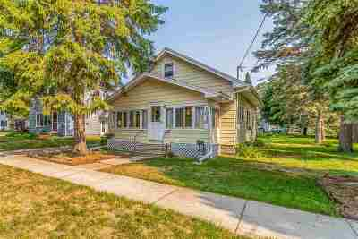 Appleton Single Family Home Active-No Offer: 1030 W Lorain