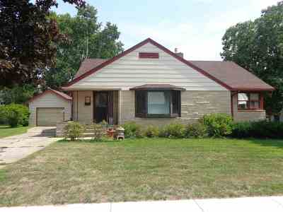 Bonduel Single Family Home Active-Offer No Bump: 124 S 2nd