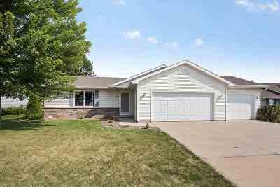 Kaukauna Single Family Home Active-Offer No Bump: 708 W Ann
