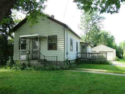 Oshkosh Single Family Home Active-No Offer: 16 Viola