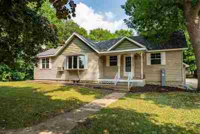 Winneconne Single Family Home Active-Offer No Bump: 17 N 5th