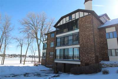 Appleton Condo/Townhouse Active-No Offer: 2193 Sunrise #6A