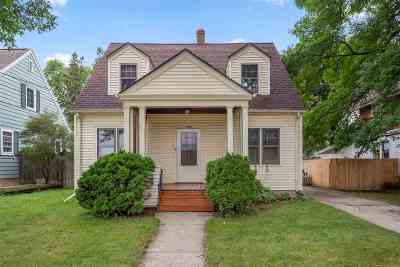 Appleton WI Single Family Home Active-No Offer: $144,444