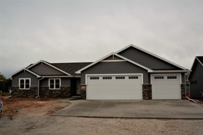 Menasha Single Family Home Active-No Offer: W6078 Zach