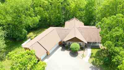 Waupaca Single Family Home Active-No Offer: E3351 Mountain