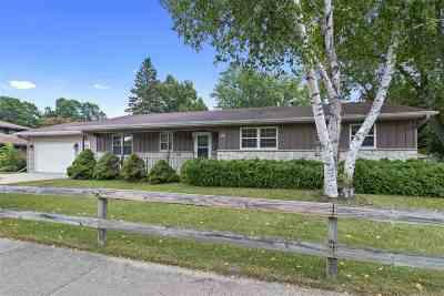 Oshkosh Single Family Home Active-No Offer: 1970 Beech
