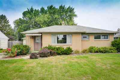 Neenah Single Family Home Active-No Offer: 767 W Cecil