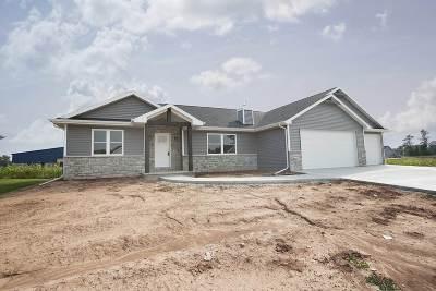 Menasha Single Family Home Active-Offer No Bump: W6063 Zach