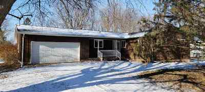 Oshkosh Single Family Home Active-Offer No Bump: 6459 W Decorah