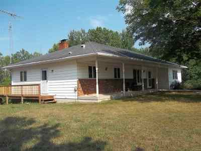 Shawano County Single Family Home Active-No Offer: W7256 Campfire