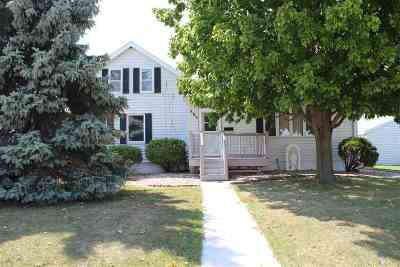 Wrightstown Single Family Home Active-No Offer: 480 High